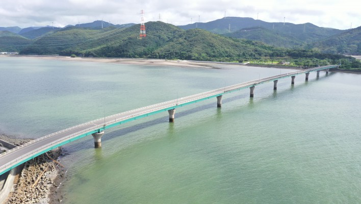 電源立地地域対策交付金事業 川内河口大橋耐震補強(P8)工事